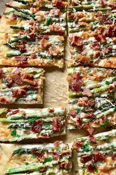 Cheesy Bacon and Asparagus Flatbread