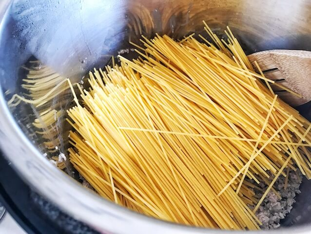 Spaghetti noodles laid in Instant Pot