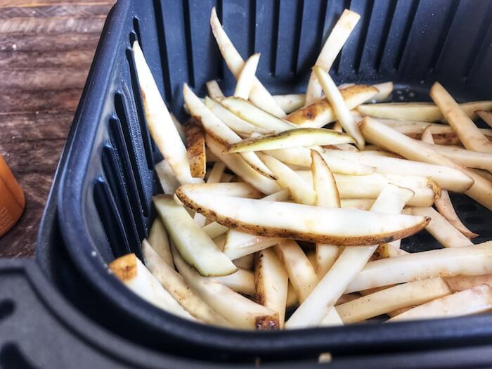Air Fryer Crispy French Fries- Potatoes in the Air Fryer