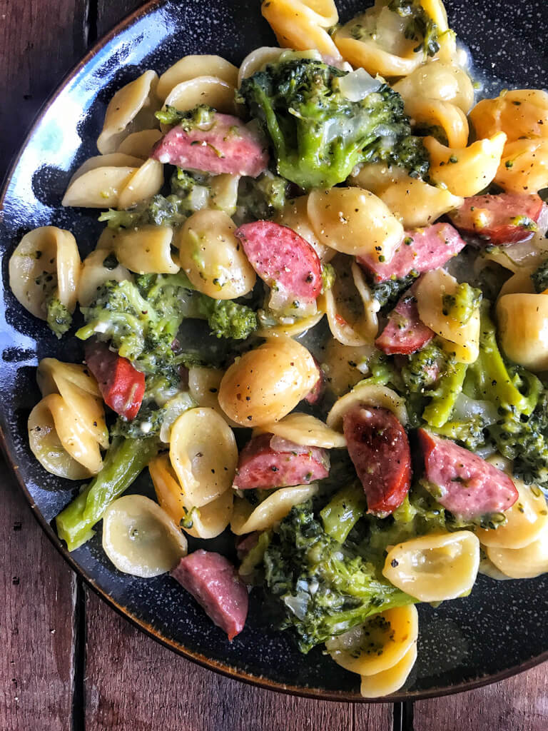 One Pot Smoked Sausage Broccoli Pasta